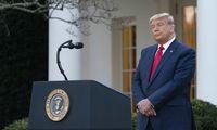 Penktadienio D. Trumpo pastabos laikomos rinkimų pralaimėjimo pripažinimu
