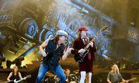 Naujas AC/DC albumas –pandemijos nukamuotam pasauliui pradžiuginti