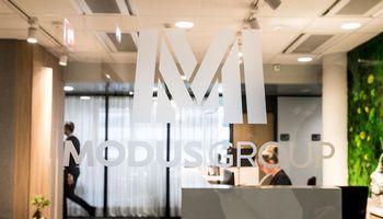 """""""Modus Group"""" antrąkart viešai skolinasi kapitalo rinkoje"""