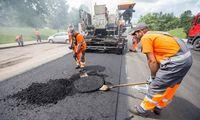 Vilniuje pradėta asfaltuoti Mykolo Lietuvio gatvės atkarpa