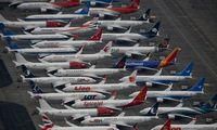 """""""Boeing 737 MAX"""" orlaiviams vėl leista skraidyti"""