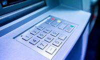 Bankai lyg susitarę keičia įkainius, tačiau konkurencijos taisyklių nepažeidžia