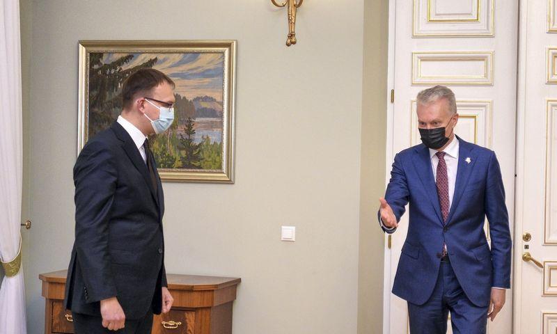 Prezidentas Gitanas Nausėda susitinka su kandidatu į susisiekimo ministrus Kasparu Adomaičiu. Roberto Dačkaus (Prezidento kanceliarija) nuotr.