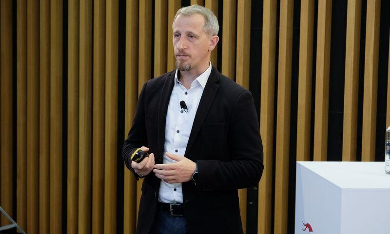 """Vadimas Ivanovas, """"Verslios Lietuvos"""" Tyrimų ir analizės skyriaus vadovas.Vladimiro Ivanovo (VŽ) nuotr."""