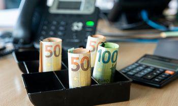 Vidutinis paskaičiuotas atlyginimas per metus padidėjo 10,4%, per ketvirtį – 4%