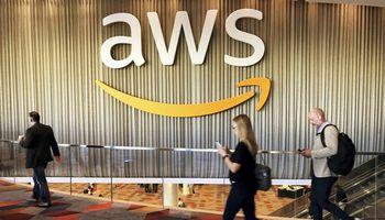 "Sutriko ""Amazon Web Services"" veikla"