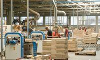 Antras karantinas – sunkesnis: tiekimas nestringa, bet pramonė ima sirguliuoti