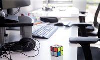 Tamsioji virtualių susirinkimų pusė:kelia nuovargį ir mažina efektyvumą