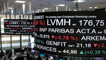 Rinkose – istorinis mėnuo, estai pakūrė FOMO raketą