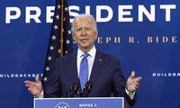 """J. Bidenas ragina JAV Kongresą priimti """"tvirtą"""" pagalbos planą"""