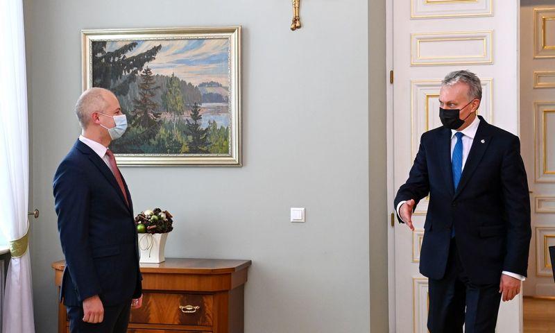 Prezidentas Gitanas Nausėda susitinka su kandidatu į aplinkos ministrus Simonu Gentvilu. Roberto Dačkaus (Prezidento kanceliarija) nuotr.