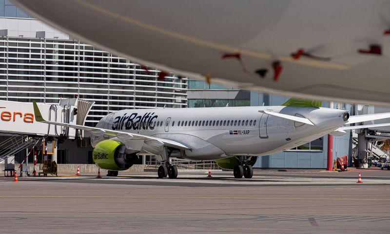 """Vilniaus """"airBaltic"""" padalinys bendrovei suteikė galimybę skraidyti į Kijevą. Juditos Grigelytės (VŽ) nuotr."""