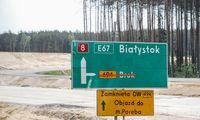 """Lenkija pradeda tiesti Lietuvą su Balkanais jungiančios """"Via Carpatia"""" atkarpas"""