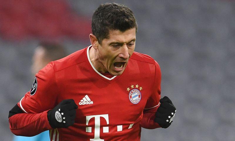 """Robertas Lewandowski, Miuncheno """"Bayern"""" žaidėjas, Lenkijos futbolo rinktinės kapitonas. 2020 m. lapkričio 25 d.  Andreas Gebert (""""Reuters"""" /  """"Scanpix"""") nuotr."""