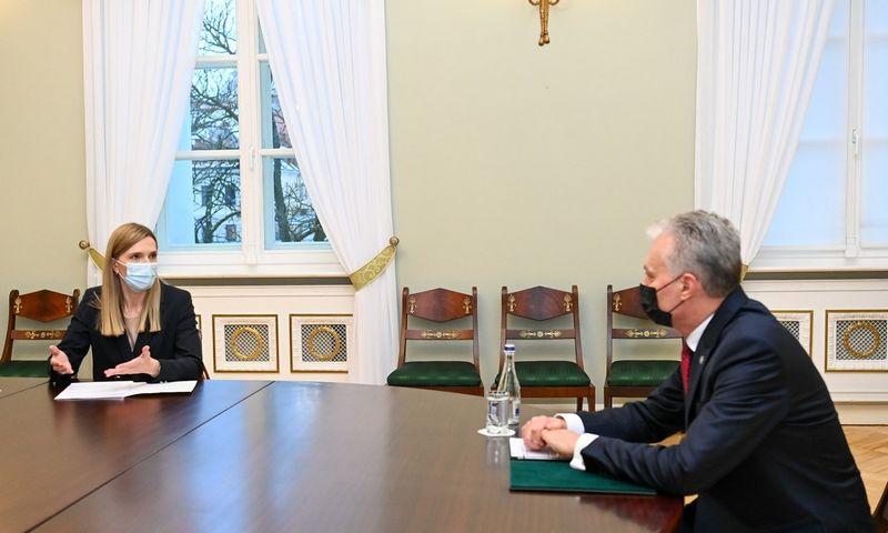 Prezidentas Gitanas Nausėda susitinka su kandidate į vidaus reikalų ministres Agne Bilotaite. Roberto Dačkaus (Prezidento kanceliarija) nuotr.