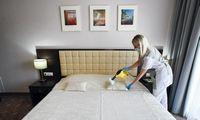 Latvijos vyriausybė apmokės lengvos formos COVID-19 pacientų izoliavimą viešbučiuose