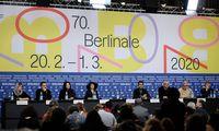Berlyno kino festivalis atidėtas mėnesiui, o žiūrovai filmų lauks iki birželio