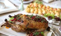 Restoranai užversti vakarienių užsakymais, kurie per šventes keliaus į namus