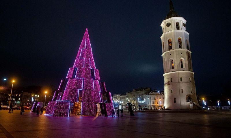 Naujųjų išvakarėse šventinės Vilniaus eglės bus užgesintos. Juditos Grigelytės (VŽ) nuotr.