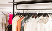 Šiemet bendri drabužių pardavimai mažėjo maždaug dešimtadaliu