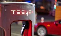 """Išardytų baterijų testas: """"Tesla"""" vis dar priekyje, bet nebedaug"""