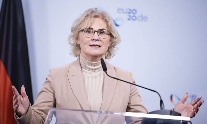 "Vokietijos teisingumo ministrė Christine Lambrecht. ""Imago images"" / ""Scanpix"" nuotr."