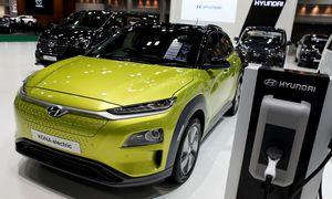 """Galima partnerystė su """"Apple"""" šokdina """"Hyundai"""" akcijas 19%"""