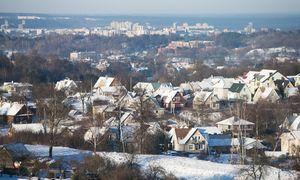 Pandemija koregavo 2020 m. butų pardavimus, bet būstams išleista daugiau