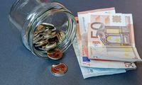 Laukiant aiškumo dėl paramos skolintis nepuola, bet pigių pinigų neatsisako