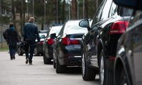 Vyriausybės kanceliarija atsisako BMW automobilių nuomos