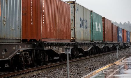 Kiniškų krovinių srautai Lietuvos ir Rusijos geležinkeliuose augo 5 kartus