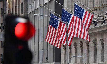 Nerimobiržose neišsklaidė nei JAV prezidentas, nei bankai