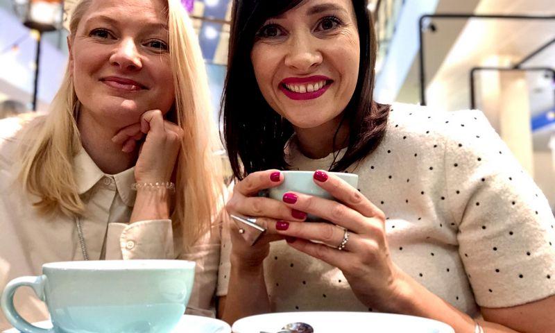 """Jurgita Viltrakienė (kairėje) ir Ieva Vaičiūnaitė, gastronomijos konsultacijų agentūros """"Kitchen Rules"""" įkūrėjos. Asmeninio archyvo nuotr."""