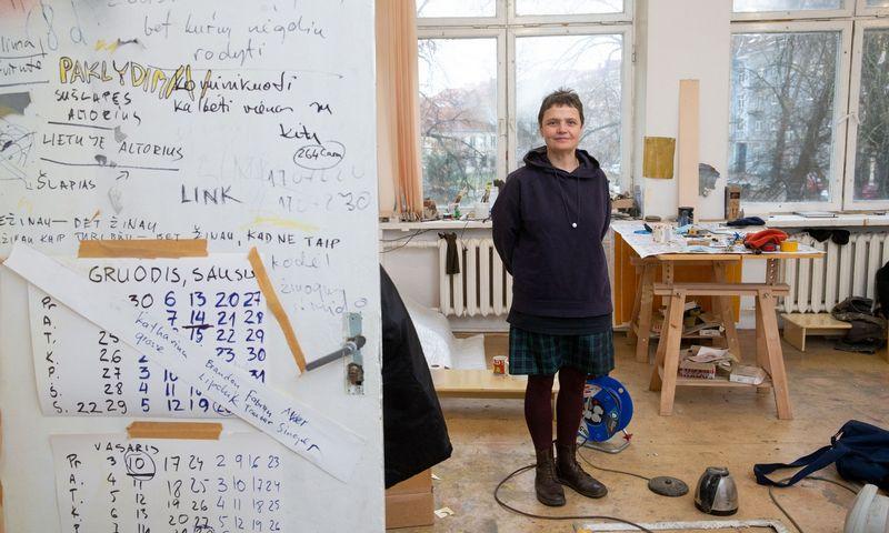 Tapytoja Eglė Ridikaitė, Nacionalinės kultūros ir meno premijos laureatė. Juditos Grigelytės (VŽ) nuotr.