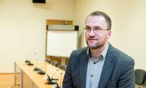 Baltijos emitentams vis nepavyksta tyliai atsisveikinti su birža