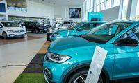 Suskaičiavo mylimiausius lietuvių automobilius ir tikisi sustingusios rinkos atšokimo