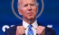 J. Bideno užduotis – suklijuoti tai, kas sudaužyta
