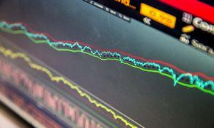 Įspėja dėl kritimo artimiausiu metu – investuotojai perdėm optimistiški