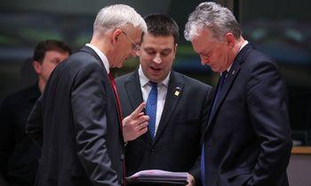 """Baltijos šalysspaudžia laikytis""""Rail Baltica"""" finansavimo plano"""