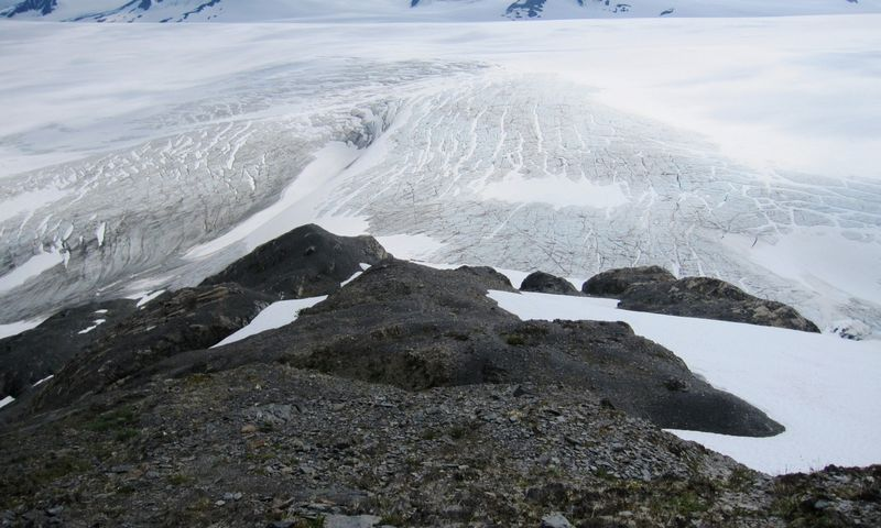 "Tirpstantys ledynai Aliaskoje.  Yereth Rosen (""Reuters"" / ""Scanpix"") nuotr."