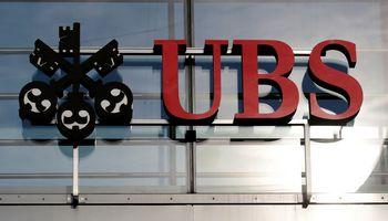 UBS pelnas išaugo 137%