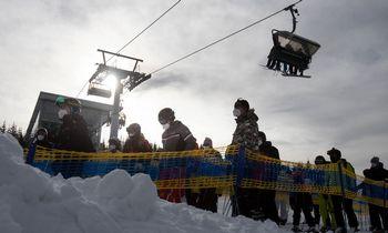 Austrijos Alpėsesulaikyta beveik šimtas nelegalių slidininkų
