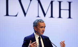 """""""Louis Vuitton"""" ir """"Dior"""" savininkė LVMH liko atspari sveikatos krizės iššūkiams"""