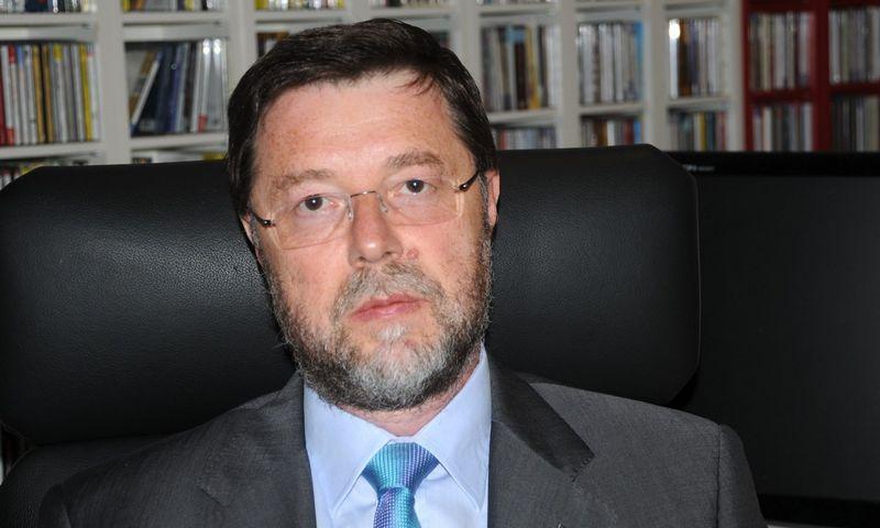 "Dr. Carlo Monti, ""TIG Environmental"" teismo ekspertizės praktikos vykdomasis direktorius."
