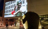 Kovojančios Baltarusijos nuotraukos – ant MO muziejaus sienos