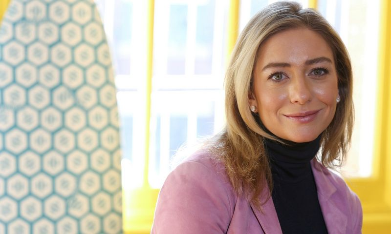FILE PHOTO: Bumble founder and CEO Whitney Wolfe Herd sits for a portrait in the Manhattan borough of New York City, U.S., January 31, 2019.  REUTERS/Caitlin Ochs/File Photo