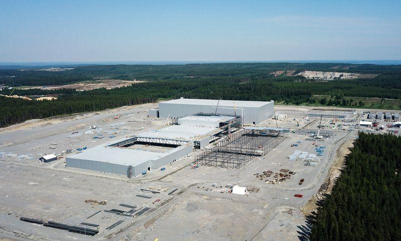 """""""Northvolt""""  jau investavo į naują gamyklą Švedijoje, kur gamins akumuliatorius automobiliams. Bendrovės nuotr."""