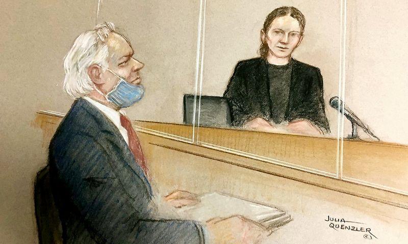 "Piešinys iš Juliano Assange teismo, 2020. Julios Quenzler / SWNS / ""Scanpix"" nuotr."