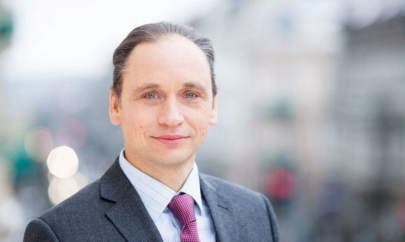 Valdas Vitkauskas, Valstybės investicijų valdymo agentūros (VIVA), Stebėtojų tarybos pirmininkas, nepriklausomas narys.