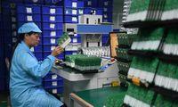 Autopramonės gamyklas stabdantis puslaidininkių trūkumaspasivijo ir Lietuvos bendroves